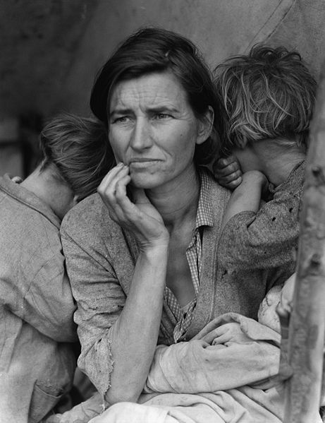 'Migrant Mother, Florence Owens Thompson.' (Photo Credit: Dorothea Lange, via U.S. National Archives)