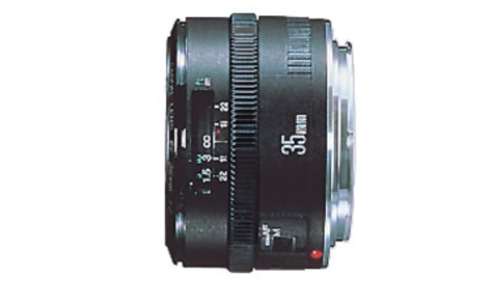 EF 35mm f/2: This is a less-priced lens that still offers the 35mm focal length and a fast aperture. Although it's not as solidly built as the EF 35 f/1.4L USM lens, it still offers the photographer a compact, lightweight and relatively low-cost lens. You can purchase this lens for about $300 US.